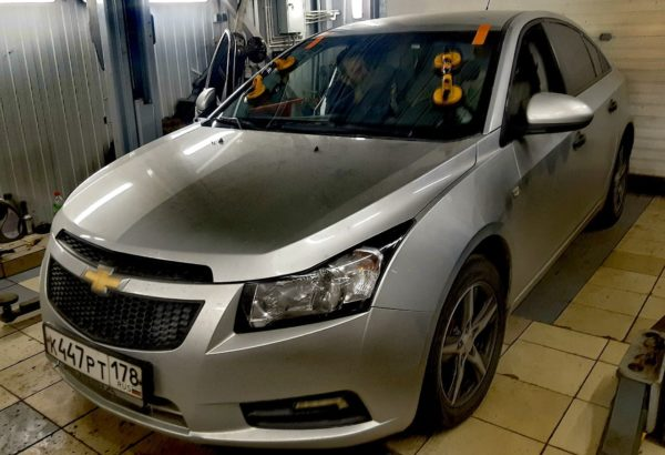 Замена лобового автостекла на Chevrolet Cruze