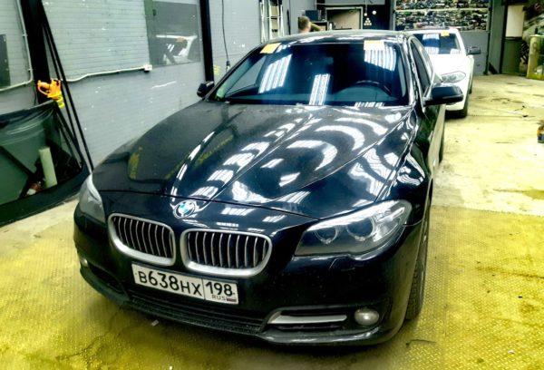 Установка лобовых автостекол на BMW F10