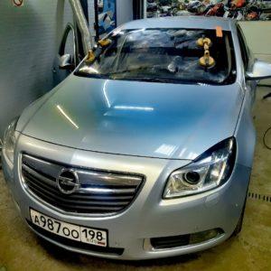 Автостекло, Замена лобового стекла на Opel insignia