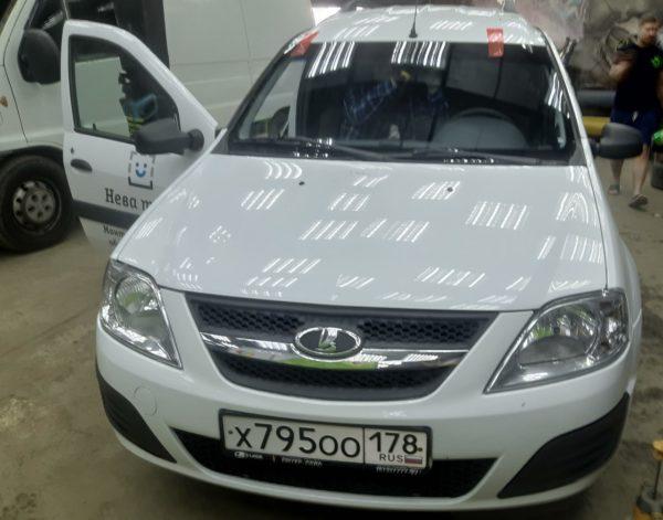 Автостекла с заменой в СПБ на Lada Granta avtosteklo.top